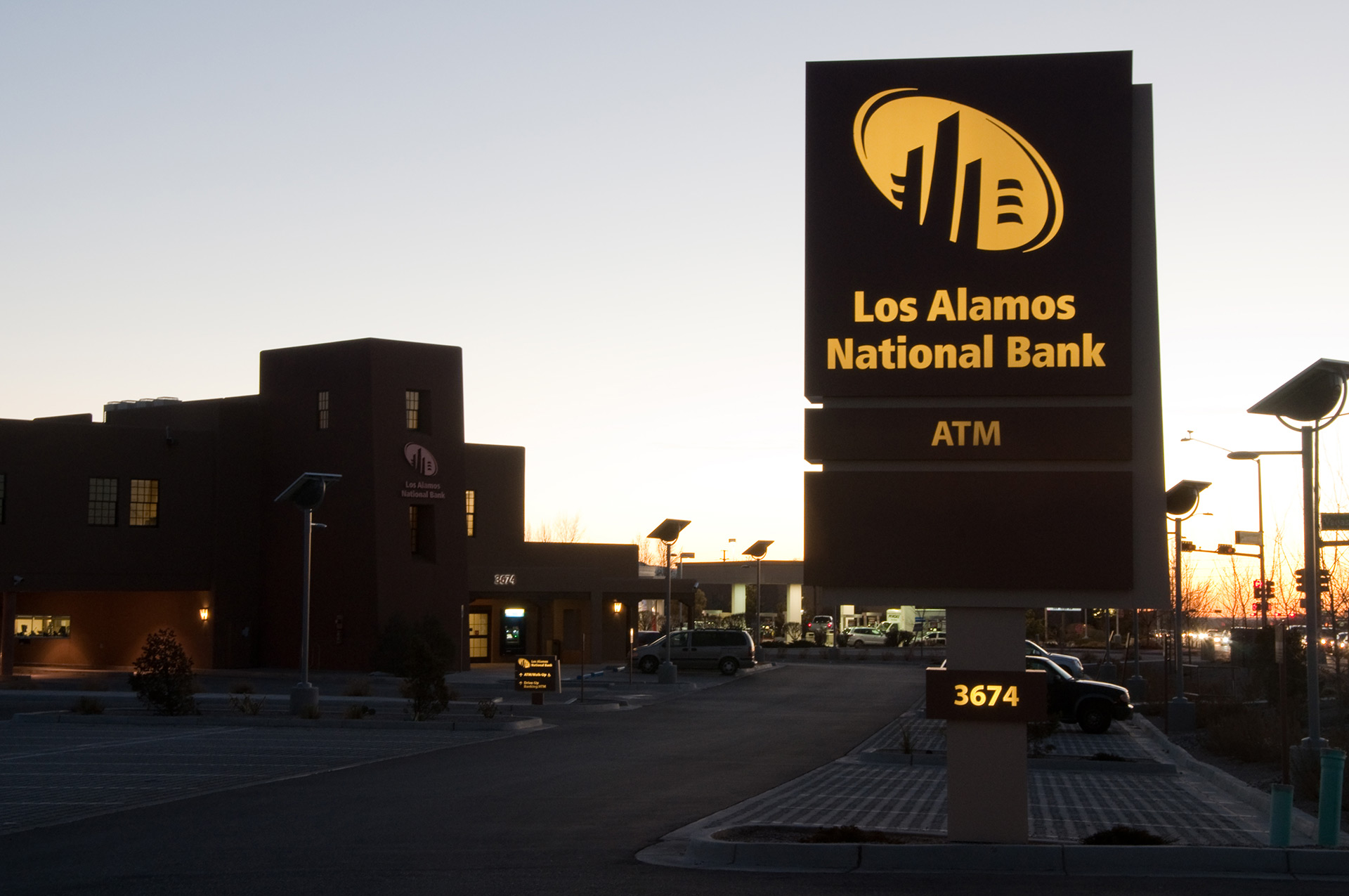 Los Alamos National Bank - Monument