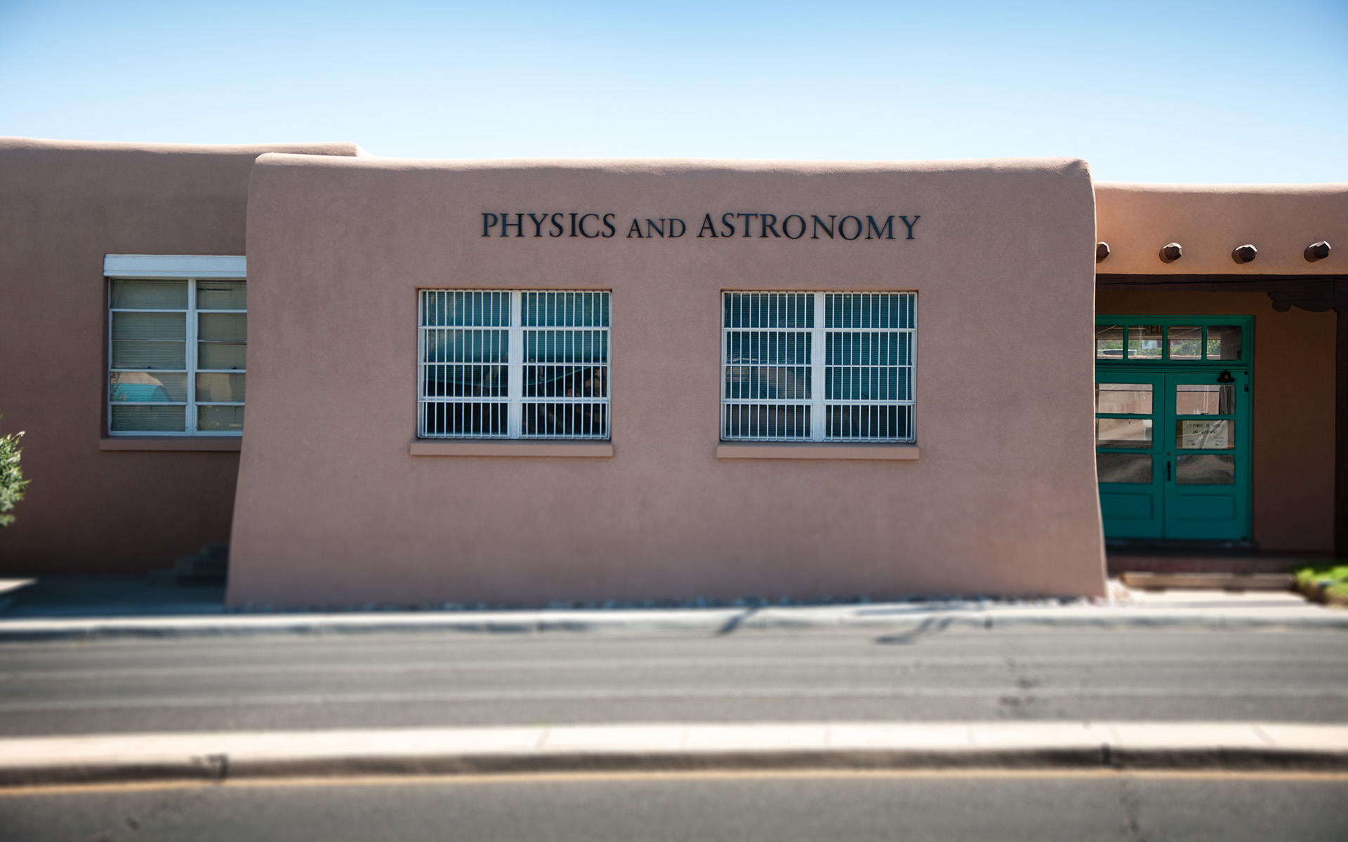 UNM Physics and Astronomy Flat Cut Aluminum