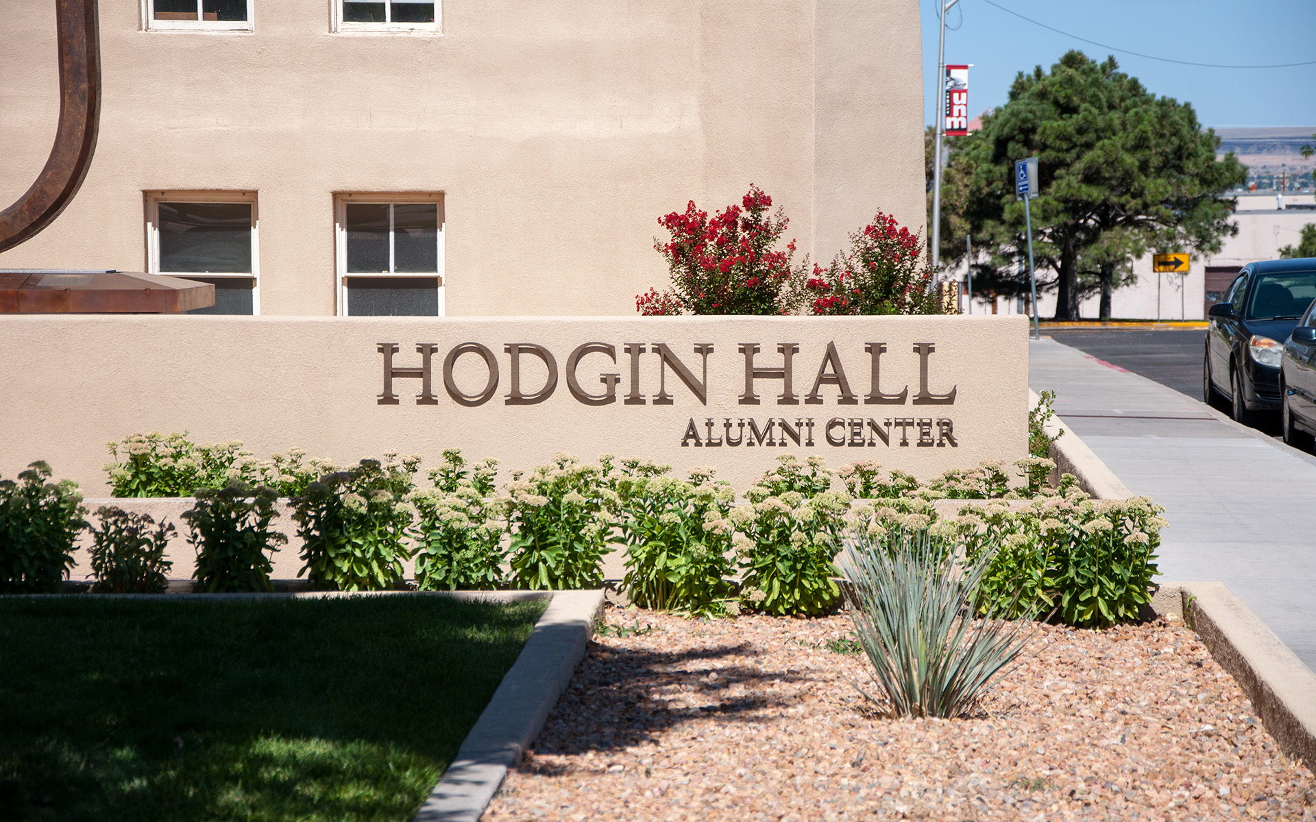 UNM Hodgin Hall Flat Cut Aluminum Medium Bronze Anodized